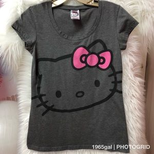 Sanrio Hello Kitty Gray Kitty Face Shirt Medium